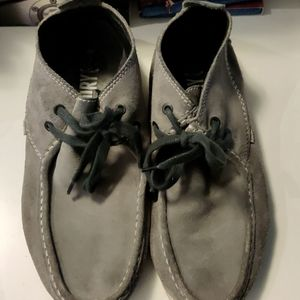 Superdry Japan Grey Suede Could Chukka Boots size 8